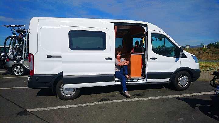 Ford Transit Kastenwagen kaufen und ausbauen zum Camper