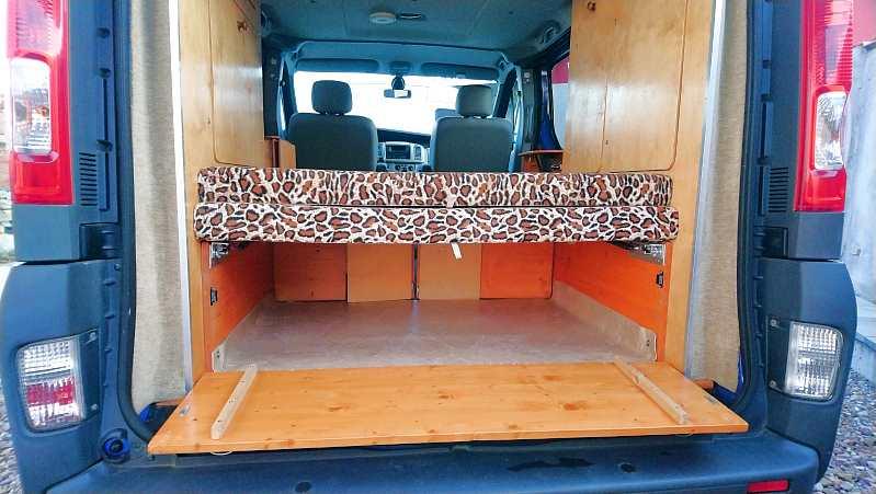 Innenausbau mit Sperrholz ist leicht und stabil