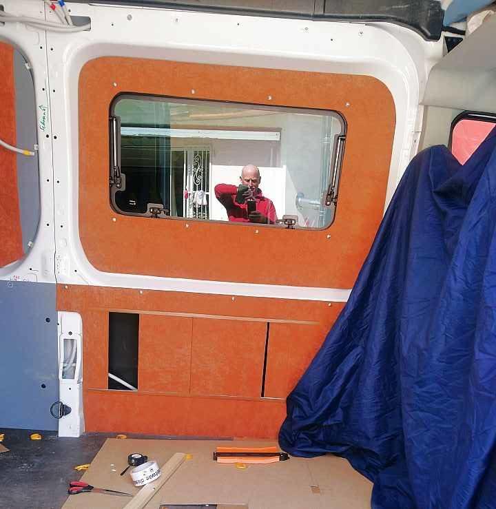 Kastenwagen Camper Seitenverkleidung